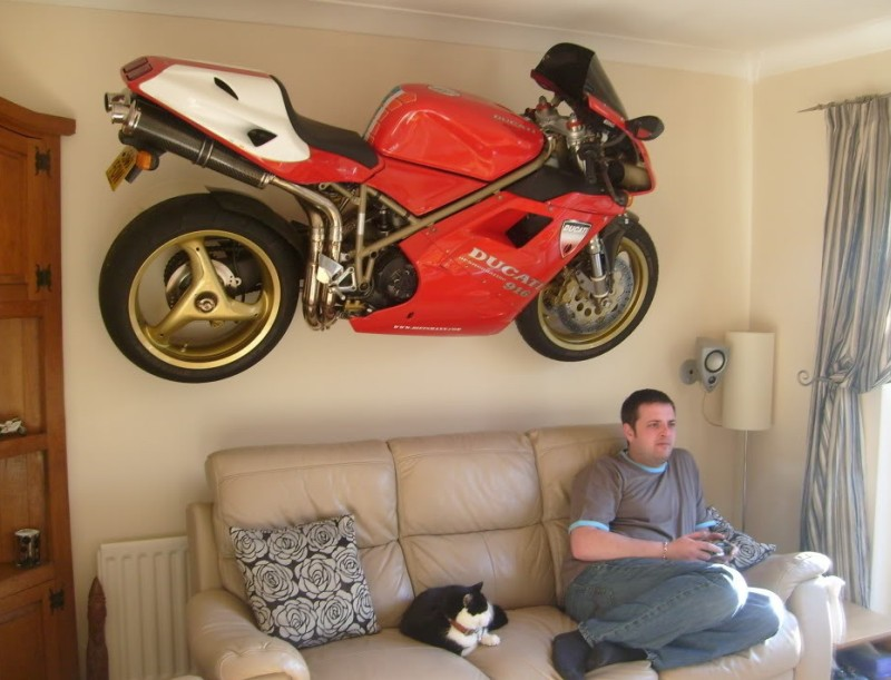 motorbike-chillin-on-wall-couch-13033449