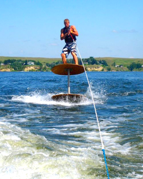 IRTI - funny picture #1785 - tags: table top water ski ill