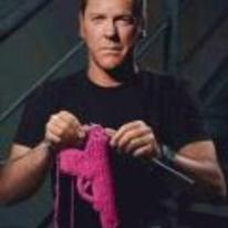 Radnom funny picture tags: Kiefer-Sutherland knitting gun warmer jack-bauer