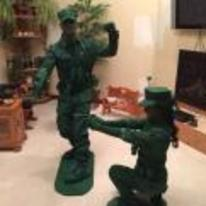 Radnom funny picture tags: army-guy green couple halloween costume