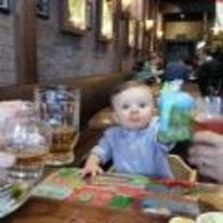 Radnom funny picture tags: baby drinking pub cheers glasses-raised