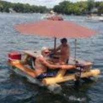 Radnom funny picture tags: bench table boat umbrella cool