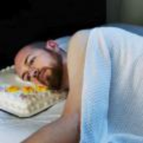 Radnom funny picture tags: birthday cake pillow sad head-on-cake