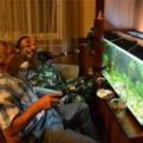 Currently trending funny picture tags: drunk guys fishing fishtank rods