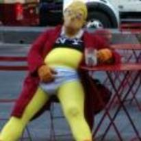 Radnom funny picture tags: homer-simpson costume drunk halloween simpsons