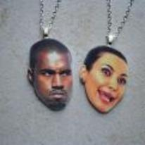 Radnom funny picture tags: kanye-west kim-kardashian chain medallion happy-sad