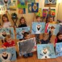 Radnom funny picture tags: kid painting frozen snowman nailed-it
