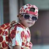 Radnom funny picture tags: kid pizza clothes shades cool