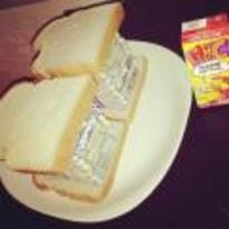 Currently trending funny picture tags: money sandwich cash dollars bread