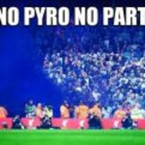 Radnom funny picture tags: no-pyro-no-party flare smoke everton EFC