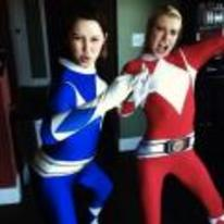 Currently trending funny picture tags: power-rangers girls cosplay red-and-blue hot