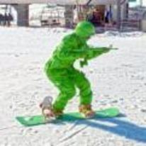 Radnom funny picture tags: snowboarding army-soldier green costume toy-soldier