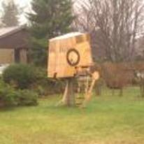 Radnom funny picture tags: star-wars AT-ST walker tree-house garden
