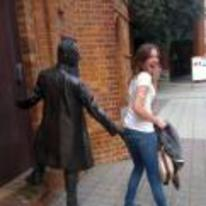 Radnom funny picture tags: statue grabbing girls ass arse