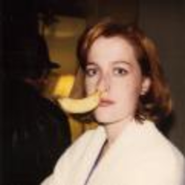 Radnom funny picture tags: x-files scully skully bannana nose